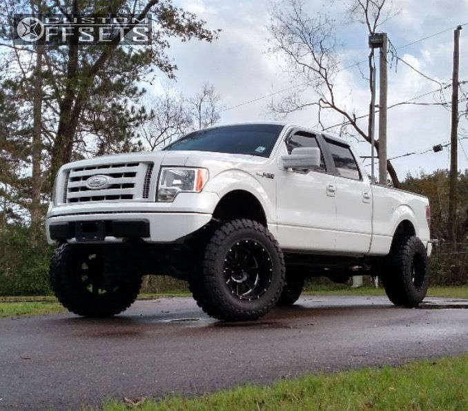 "2009 Ford F-150 Super Aggressive 3""-5"" on 20x12 -44 offset Moto Metal MO962 and 38""x13.5"" Toyo Tires Open Country M/T on Lifted >9"" - Custom Offsets Gallery"