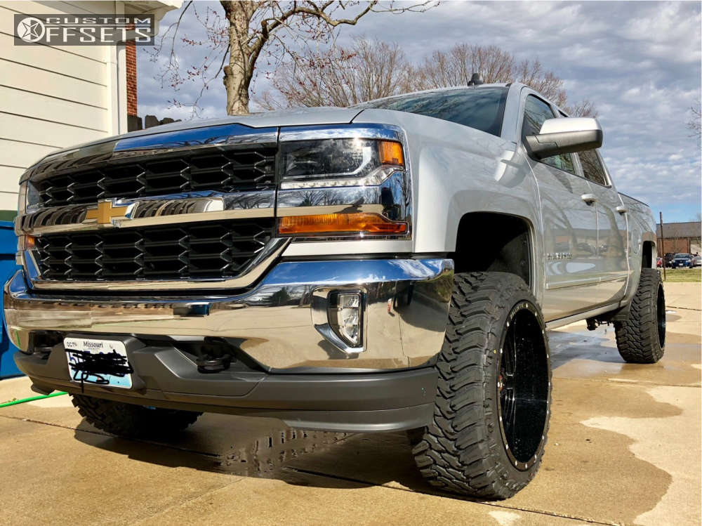 """2017 Chevrolet Silverado 1500 Aggressive > 1"""" outside fender on 22x12 -44 offset Ballistic Rage and 33""""x12.5"""" Atturo Trail Blade MT on Leveling Kit - Custom Offsets Gallery"""
