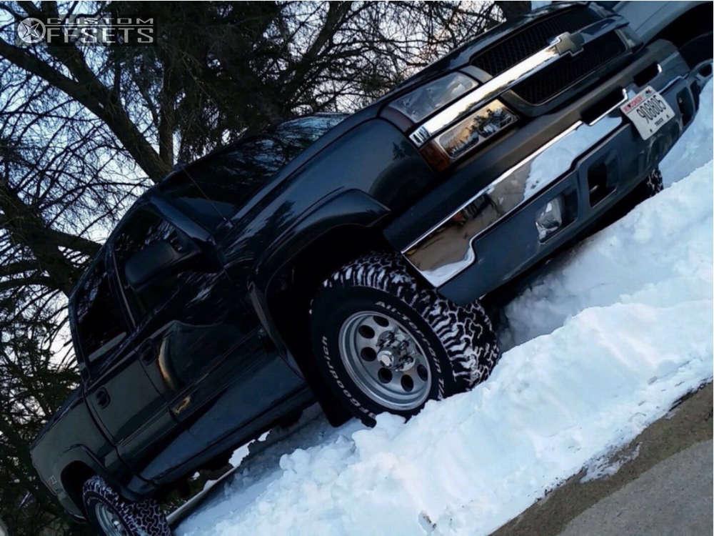 "2006 Chevrolet Silverado 1500 Aggressive > 1"" outside fender on 18x9 -12 offset Mickey Thompson Classic Iii and 285/60 BFGoodrich All Terrain Ta Ko2 on Stock - Custom Offsets Gallery"