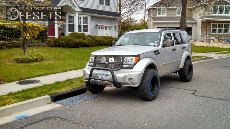 """2008 Dodge Nitro Aggressive > 1"""" outside fender on 15x10.5 -44 offset Mickey Thompson MT-88 and 31""""x10.5"""" Dick Cepek Mud Country on Suspension Lift 3"""" - Custom Offsets Gallery"""