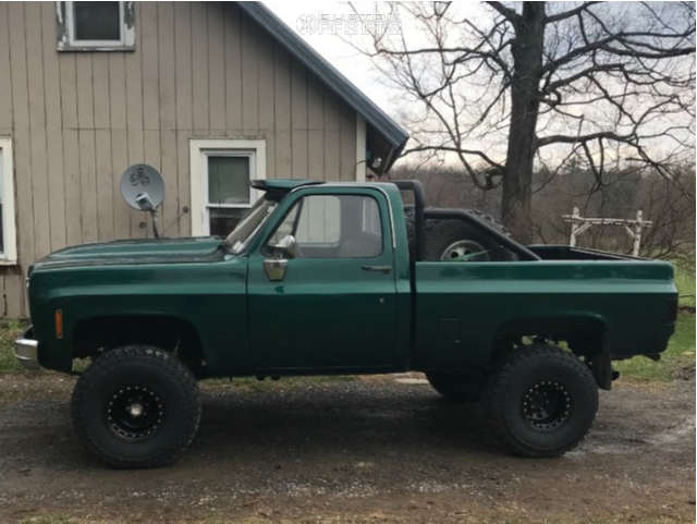 """1979 Chevrolet K10 Pickup Aggressive > 1"""" outside fender on 15x10 -44 offset Pro Comp Series 252 & 35""""x12.5"""" Cooper Discoverer S/t Maxx on Suspension Lift 4"""" - Custom Offsets Gallery"""