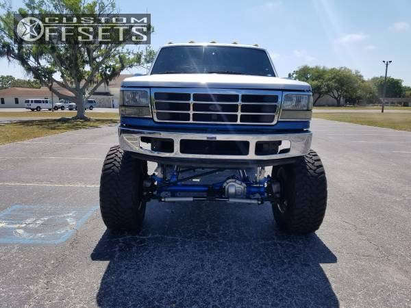 """1997 Ford F-250 Hella Stance >5"""" on 20x14 -76 offset Fuel Forged Ff09 & 40""""x15.5"""" Toyo Tires Open Country M/T on Suspension Lift 12"""" - Custom Offsets Gallery"""