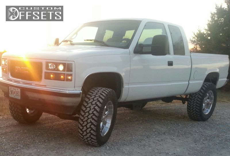 """1998 GMC Sierra 1500 Aggressive > 1"""" outside fender on 20x9 10 offset Panther Realm and 35""""x12.5"""" Nitto Trail Grappler on Suspension Lift 6"""" - Custom Offsets Gallery"""