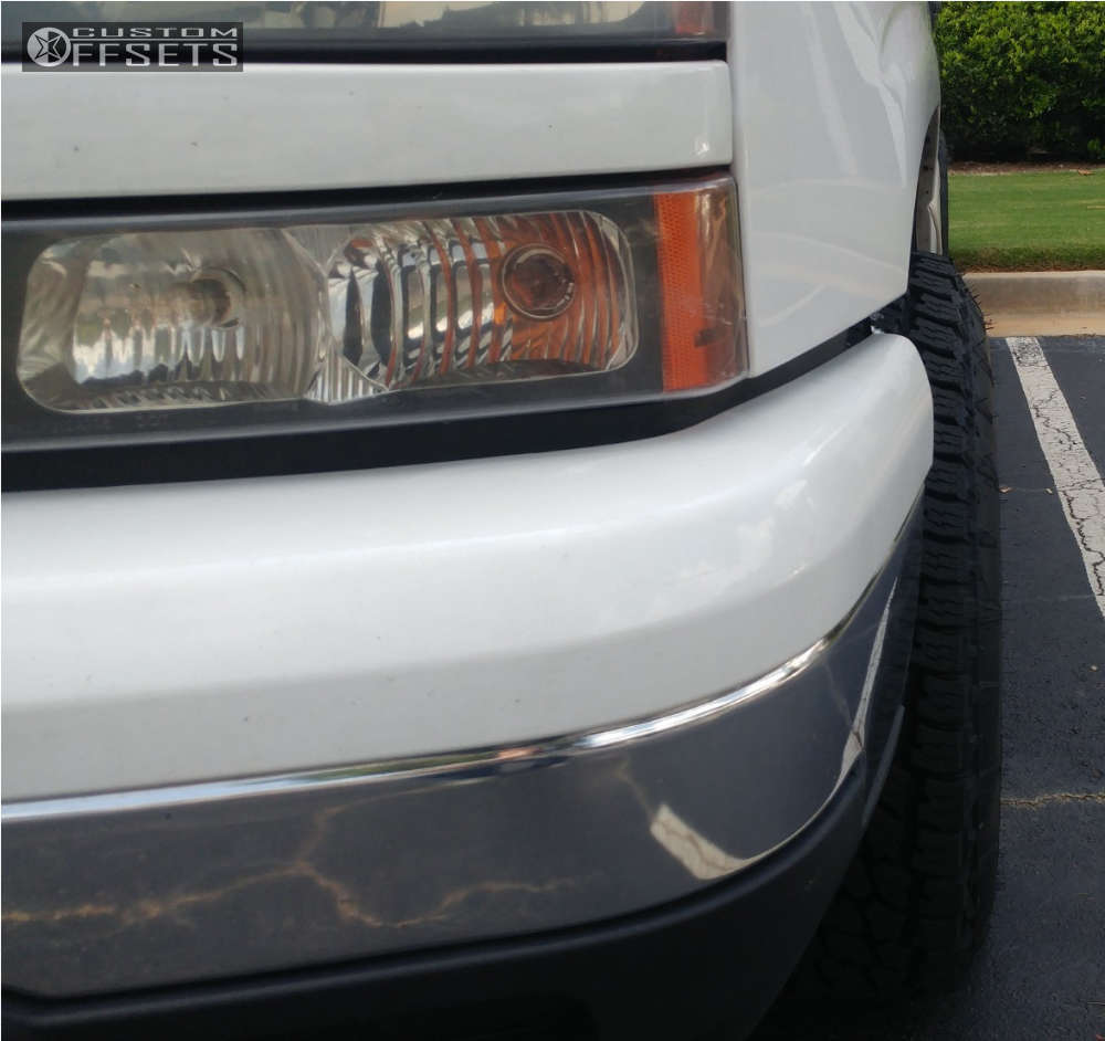 "2006 Chevrolet Silverado 1500 Aggressive > 1"" outside fender on 18x10 -24 offset Fuel Throttle & 265/70 Nitto Terra Grappler G2 on Suspension Lift 6"" - Custom Offsets Gallery"