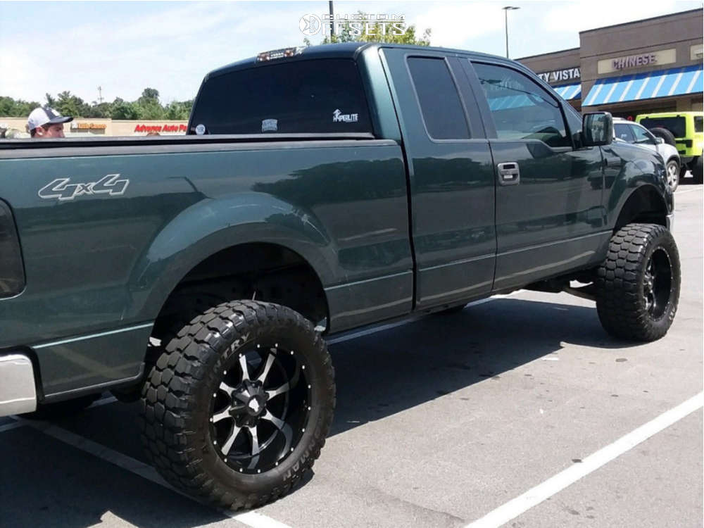 """2005 Ford F-150 Slightly Aggressive on 20x10 -24 offset Moto Metal Mo970 and 35""""x12.5"""" Ironman All Country Mt on Suspension Lift 6"""" - Custom Offsets Gallery"""