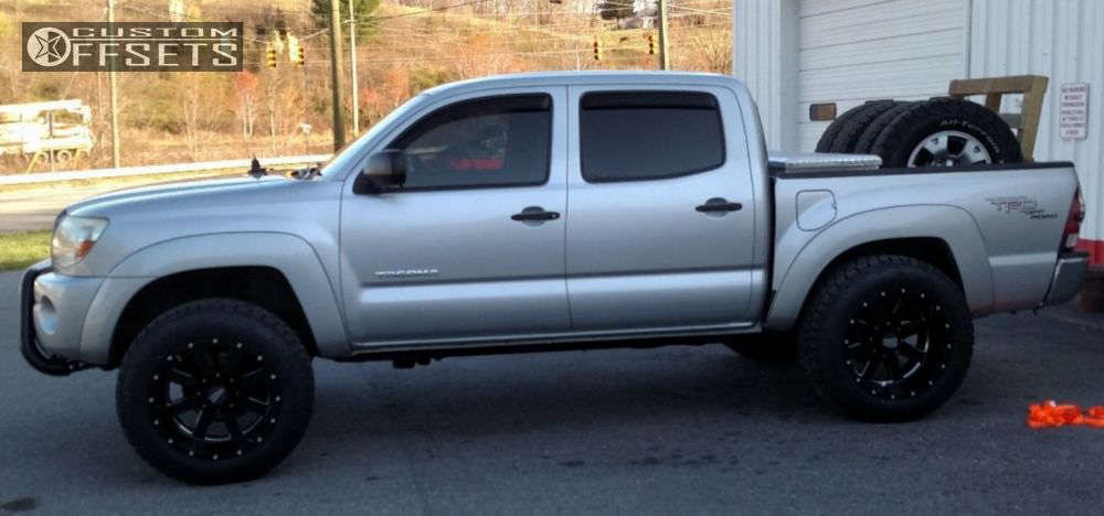 """2007 Toyota Tacoma Super Aggressive 3""""-5"""" on 20x12 -44 offset Moto Metal Mo962 and 305/55 Nitto Terra Grappler G2 on Leveling Kit - Custom Offsets Gallery"""