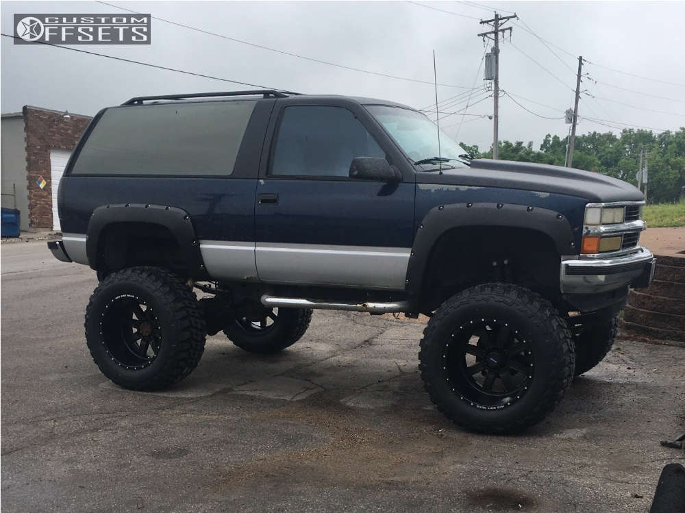 """1994 Chevrolet Blazer Hella Stance >5"""" on 22x14 -76 offset Red Dirt Road Rd01 & 40""""x15.5"""" Federal Couragia Mt on Lifted >12"""" - Custom Offsets Gallery"""