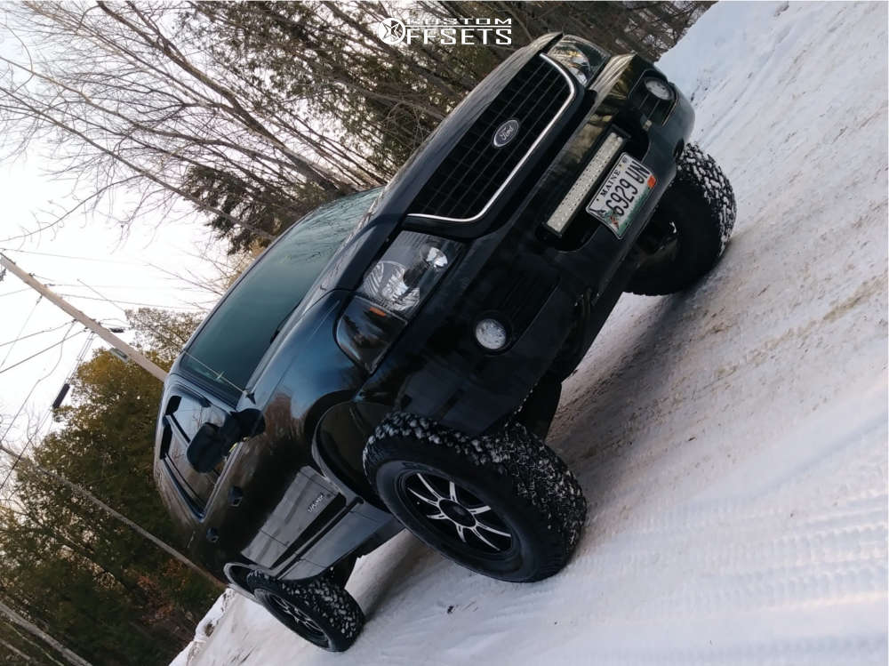 2004 Ford Explorer Slightly Aggressive on 17x8 42 offset Drifz 308MB and 265/70 General Grabber At2 on Leveling Kit - Custom Offsets Gallery