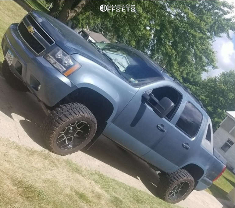 """2011 Chevrolet Avalanche Super Aggressive 3""""-5"""" on 20x10 -24 offset Moto Metal Mo981 & 33""""x12.5"""" Federal Couragia Mt on Suspension Lift 5"""" - Custom Offsets Gallery"""