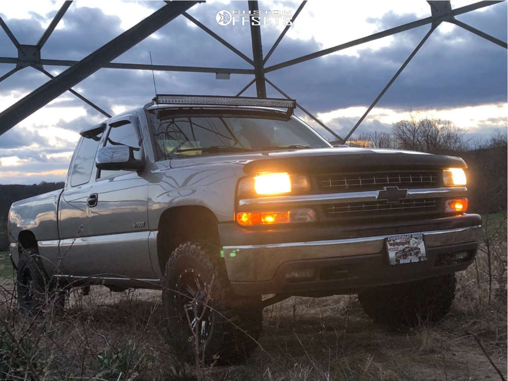 """2000 Chevrolet Silverado 1500 Slightly Aggressive on 17x9 0 offset Fuel Nutz & 305/65 Dick Cepek Extreme Country on Suspension Lift 2.5"""" - Custom Offsets Gallery"""