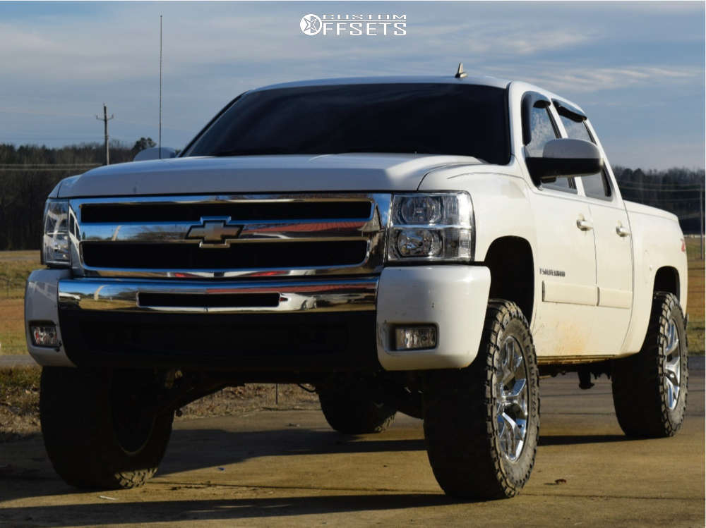 """2008 Chevrolet Silverado 1500 Aggressive > 1"""" outside fender on 20x9 24 offset Spaced Out Stockers Spaced Out Stockers and 35""""x12.5"""" Toyo Tires Open Country M/T on Suspension Lift 3.5"""" - Custom Offsets Gallery"""