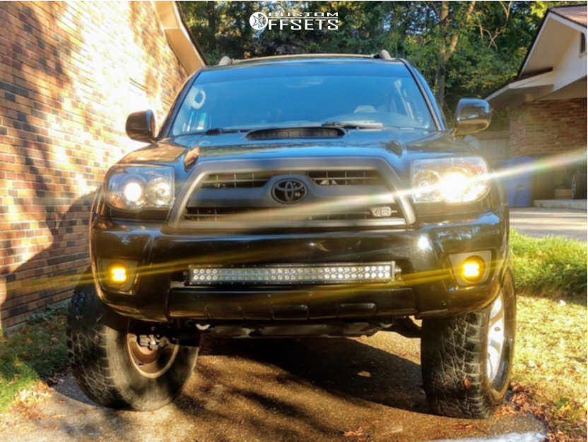 """2006 Toyota 4Runner Aggressive > 1"""" outside fender on 17x7.5 30 offset Spaced Out Stockers Spaced Out Stockers and 305/70 Nitto Terra Grappler G2 on Suspension Lift 8"""" - Custom Offsets Gallery"""