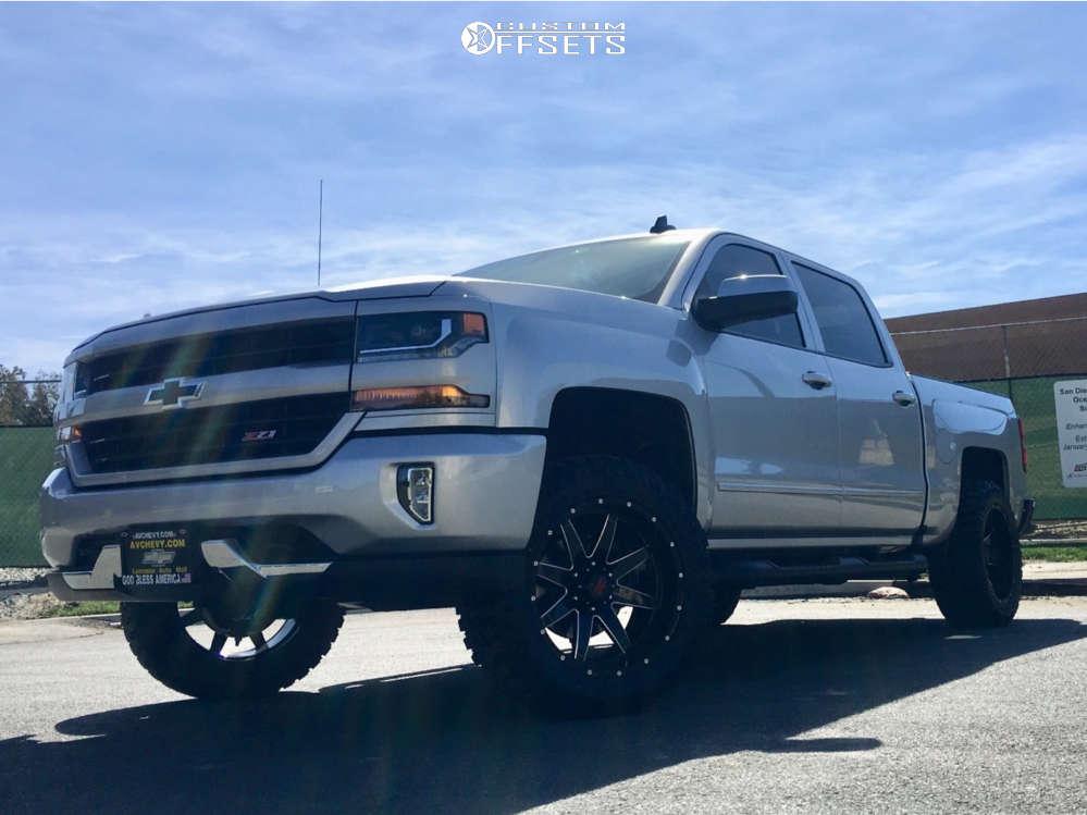 "2019 Chevrolet Silverado 1500 Slightly Aggressive on 20x10 -24 offset Havok H112 & 33""x12.5"" Doublestar T01 on Leveling Kit - Custom Offsets Gallery"