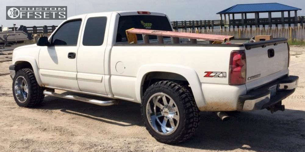"""2003 Chevrolet Silverado 1500 Super Aggressive 3""""-5"""" on 20x12 -44 offset Moto Metal MO962 and 33""""x12.5"""" Federal Couragia MT on Suspension Lift 3"""" - Custom Offsets Gallery"""