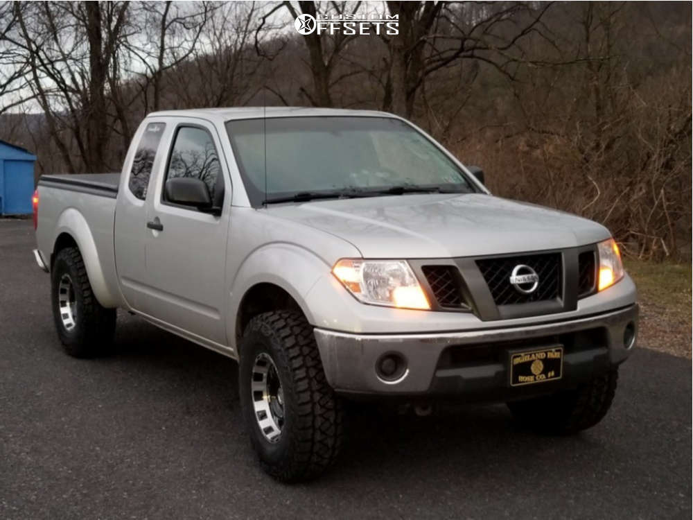 """2009 Nissan Frontier Aggressive > 1"""" outside fender on 16x8 -12 offset Pro Comp Series 89 and 285/75 Kumho Road Venture Mt51 on Leveling Kit - Custom Offsets Gallery"""