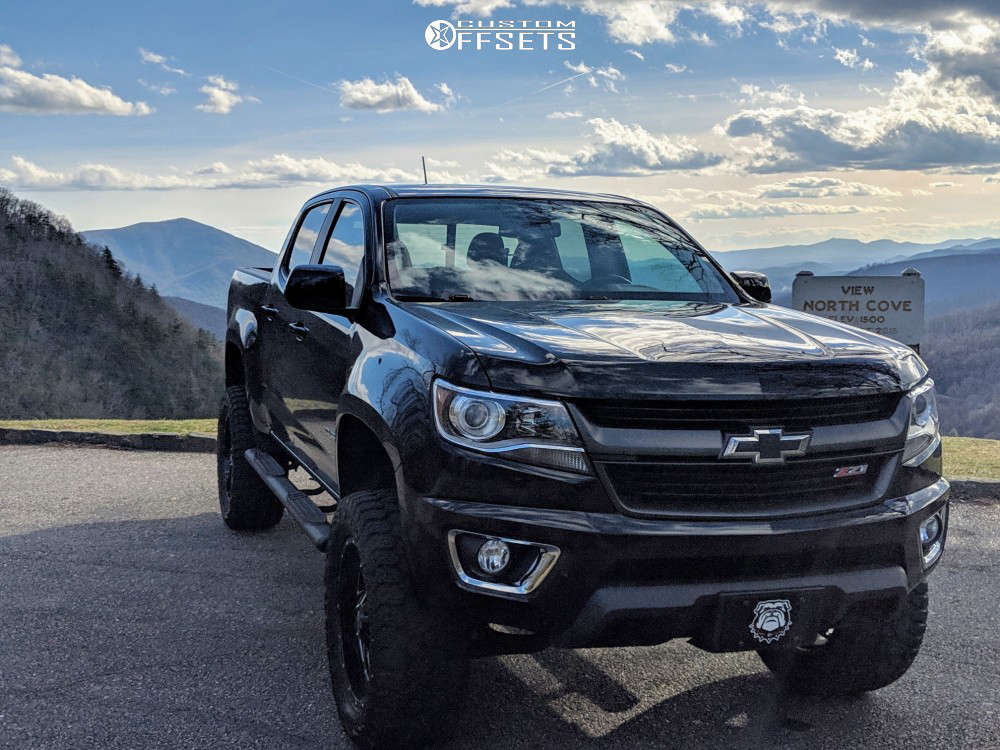 """2016 Chevrolet Colorado Aggressive > 1"""" outside fender on 20x9 0 offset Hardrock Crusher H704 & 305/55 Amp Terrain Gripper At G on Suspension Lift 5.5"""" - Custom Offsets Gallery"""