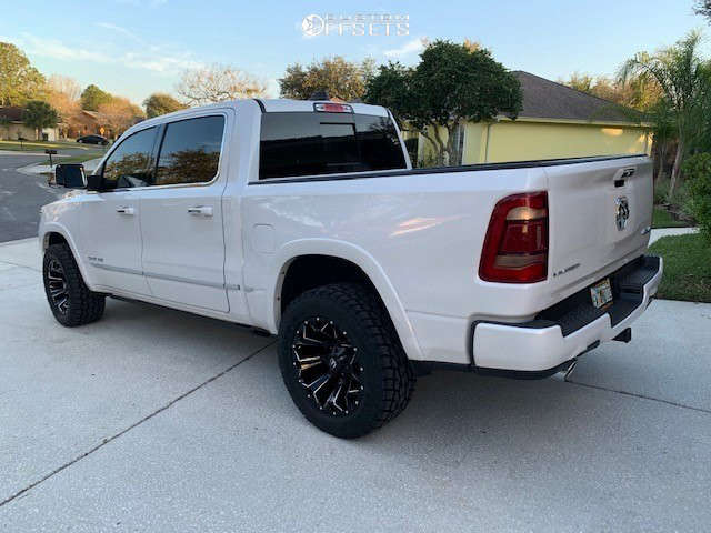 """2019 Ram 1500 Aggressive > 1"""" outside fender on 20x10 -18 offset Fuel Assault & 305/55 Toyo Tires Open Country A/t Ii on Air Suspension - Custom Offsets Gallery"""