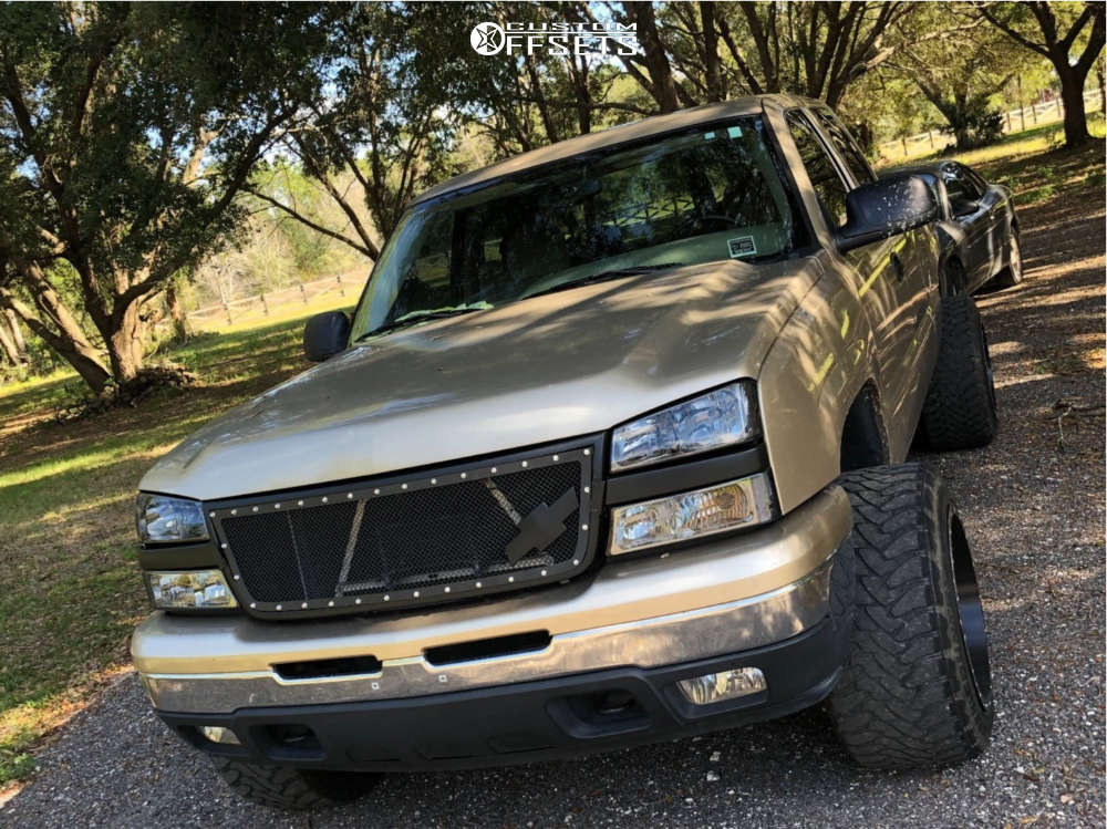 """2006 Chevrolet Silverado 1500 Super Aggressive 3""""-5"""" on 20x14 -76 offset Fuel Maverick & 33""""x12.5"""" Toyo Tires Open Country M/T on Suspension Lift 4.5"""" - Custom Offsets Gallery"""