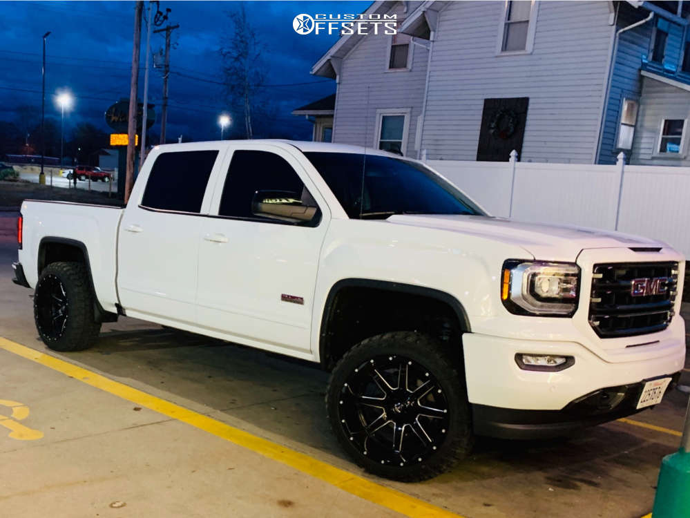 """2017 GMC Sierra 1500 Aggressive > 1"""" outside fender on 22x12 -44 offset Fuel Maverick & 33""""x12.5"""" Fury Offroad Country Hunter Mt on Suspension Lift 3"""" - Custom Offsets Gallery"""