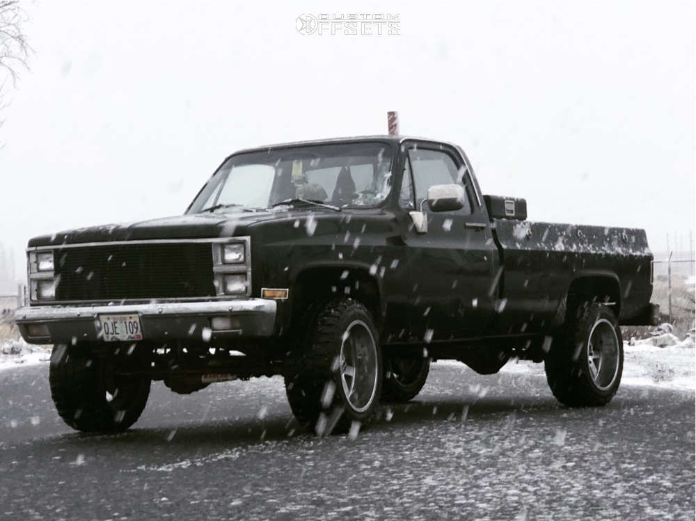 """1981 Chevrolet K20 Aggressive > 1"""" outside fender on 20x12 -44 offset Moto Metal Mo962 & 33""""x12.5"""" Federal Couragia Mt on Suspension Lift 2.5"""" - Custom Offsets Gallery"""