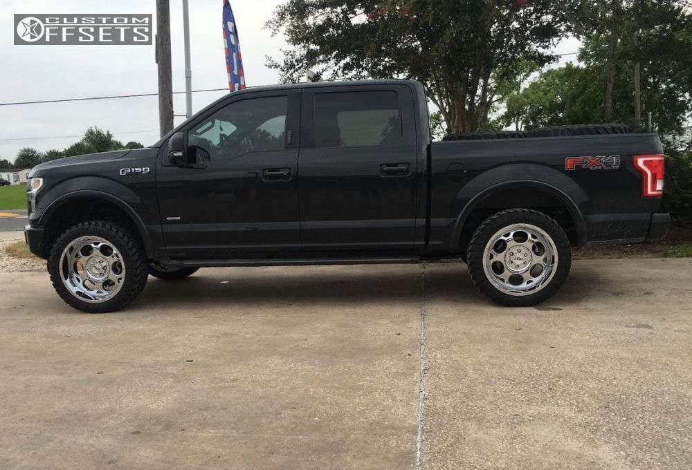 """2015 Ford F-150 Aggressive > 1"""" outside fender on 22x10 -24 offset Moto Metal Mo964 and 33""""x12.5"""" Atturo Trail Blade Mt on Leveling Kit - Custom Offsets Gallery"""