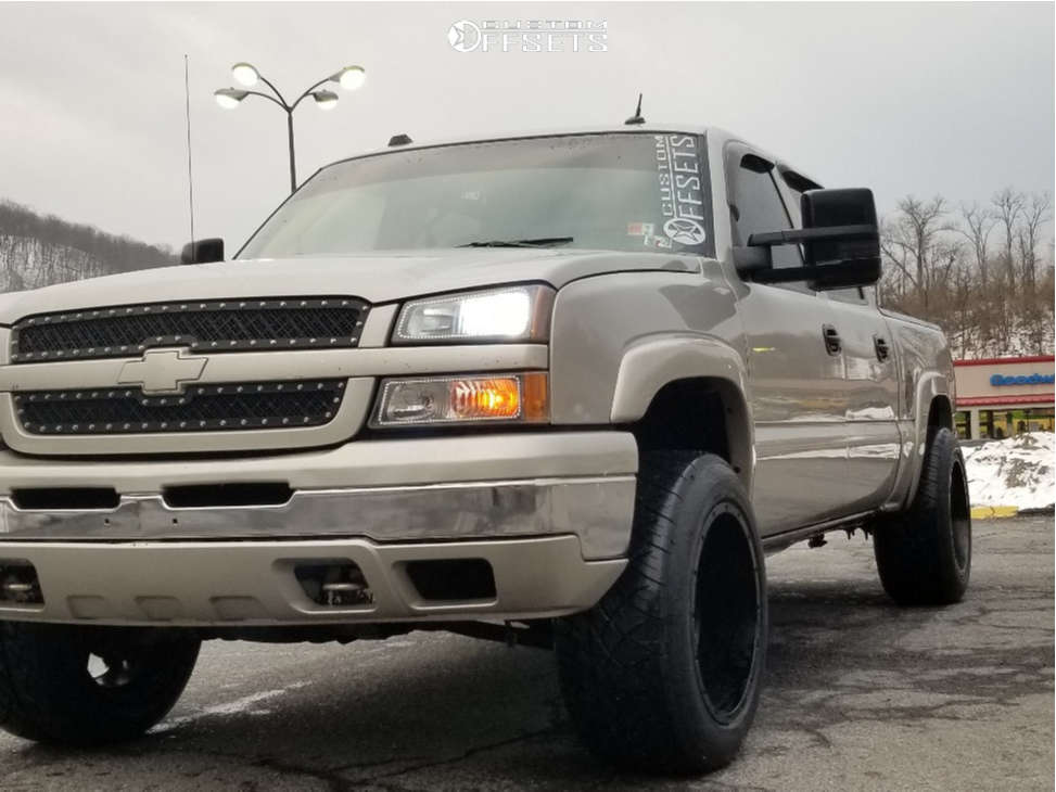 """2005 Chevrolet Silverado 1500 Aggressive > 1"""" outside fender on 20x12 -44 offset Gear Off-Road 726b & 305/50 Nitto Nt420s on Leveling Kit - Custom Offsets Gallery"""