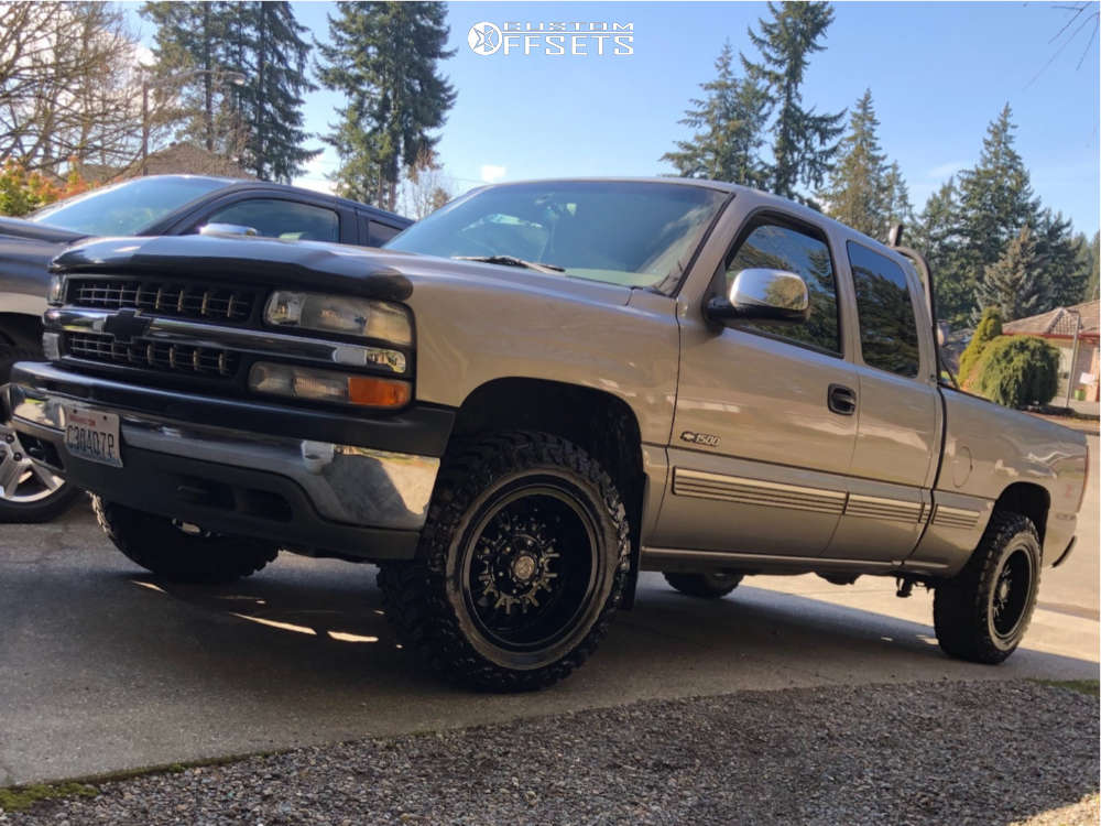 """2000 Chevrolet Silverado 1500 Aggressive > 1"""" outside fender on 18x9 -12 offset Panther Offroad 580 & 275/65 Atturo Trail Blade Mt on Leveling Kit - Custom Offsets Gallery"""