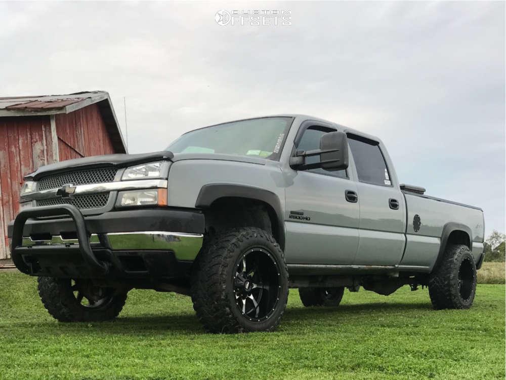 "2004 Chevrolet Silverado 2500 HD Super Aggressive 3""-5"" on 20x12 -44 offset Moto Metal Mo970 & 35""x12.5"" Atturo Trail Blade Mt on Stock Suspension - Custom Offsets Gallery"