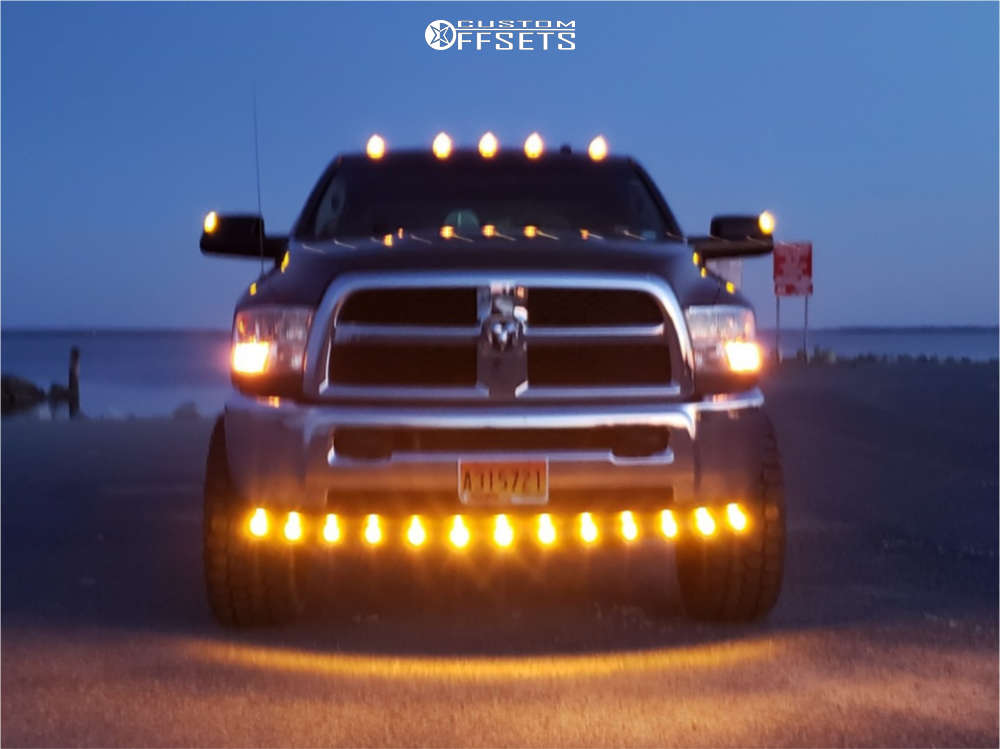 """2016 Ram 2500 Super Aggressive 3""""-5"""" on 20x10 -19 offset Hostile Exile & 35""""x12.5"""" Ironman All Country Mt on Leveling Kit - Custom Offsets Gallery"""
