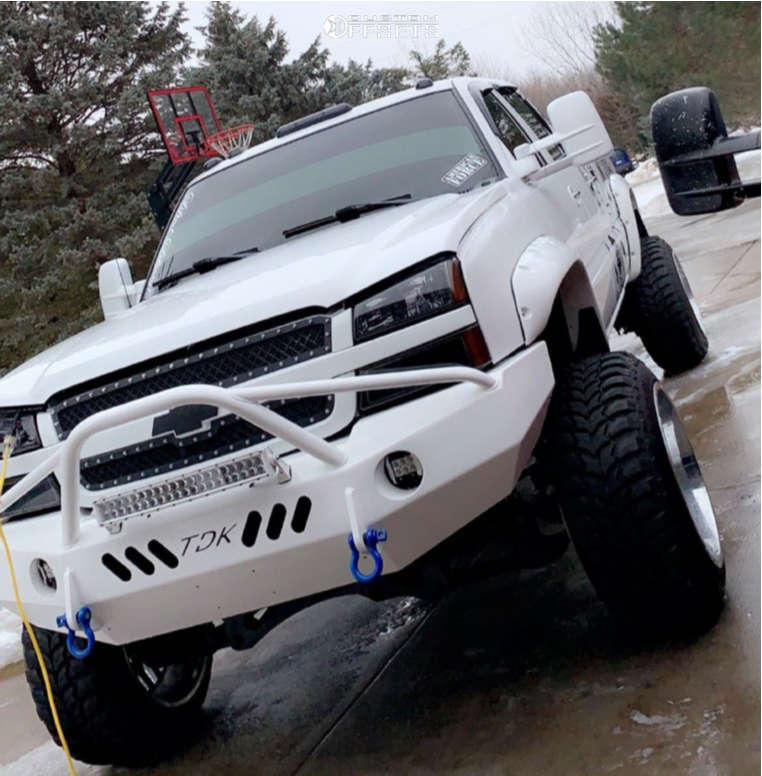 """2004 Chevrolet Silverado 2500 HD Aggressive > 1"""" outside fender on 22x14 -76 offset TIS 544v & 35""""x12.5"""" Road One Cavalry M/t on Suspension Lift 6"""" - Custom Offsets Gallery"""
