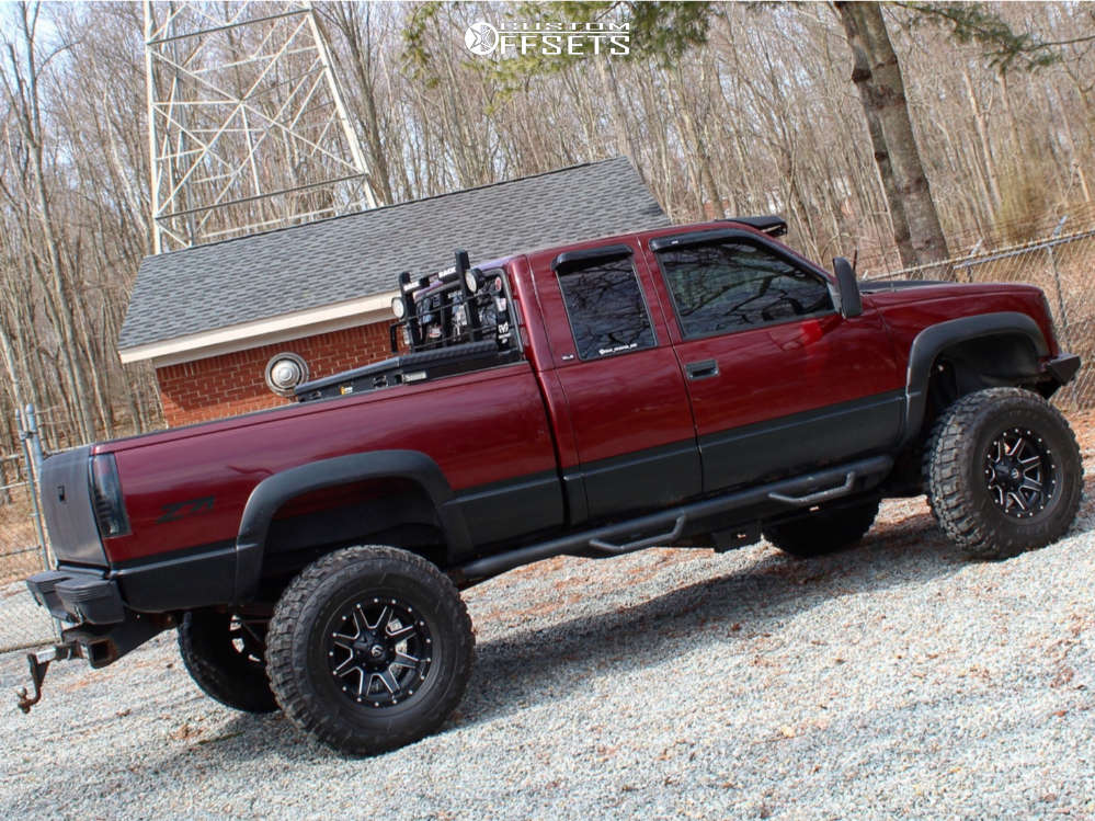 """1998 GMC K1500 Aggressive > 1"""" outside fender on 17x10 -24 offset Fuel Maverick D538 & 37""""x12.5"""" Federal Couragia Mt on Suspension Lift 6"""" & Body 3"""" - Custom Offsets Gallery"""