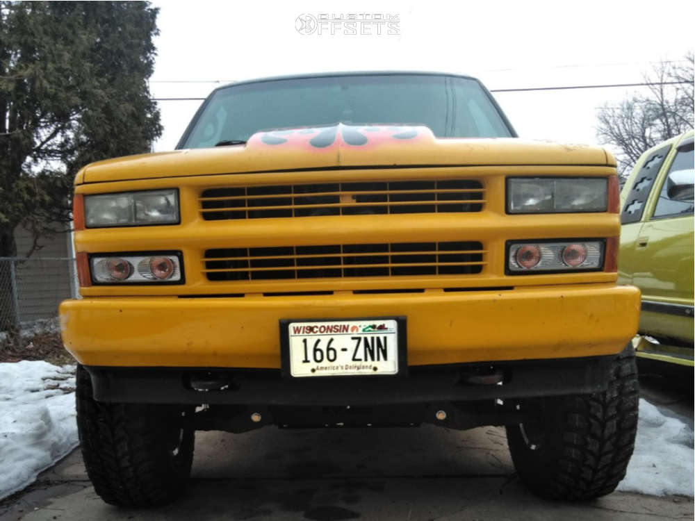 "1995 Chevrolet K1500 Suburban Aggressive > 1"" outside fender on 17x8 10 offset Pacer 185p Baja Champ & 35""x12.5"" Crosswind MT on Suspension Lift 6"" - Custom Offsets Gallery"