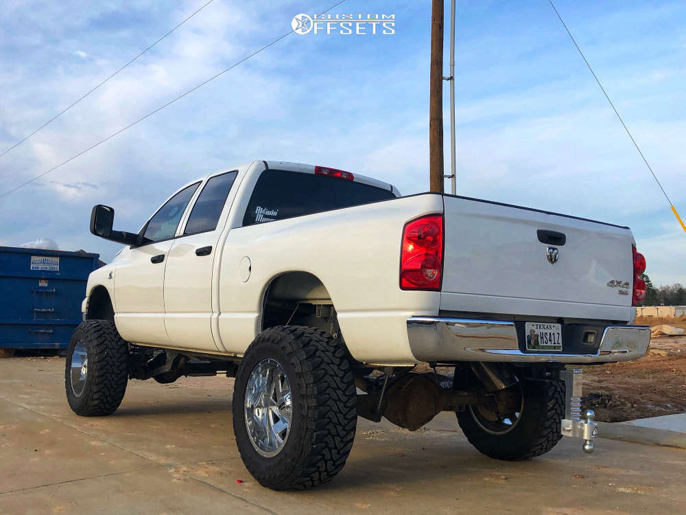 """2007 Dodge Ram 2500 Aggressive > 1"""" outside fender on 20x12 -44 offset Moto Metal Mo988 & 37""""x13.5"""" Toyo Tires Open Country M/T on Suspension Lift 5"""" - Custom Offsets Gallery"""