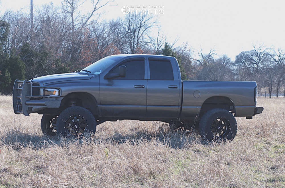 """2005 Dodge Ram 2500 Aggressive > 1"""" outside fender on 20x12 -44 offset Moto Metal Mo962 & 37""""x13.5"""" Nitto Trail Grappler on Suspension Lift 6"""" - Custom Offsets Gallery"""