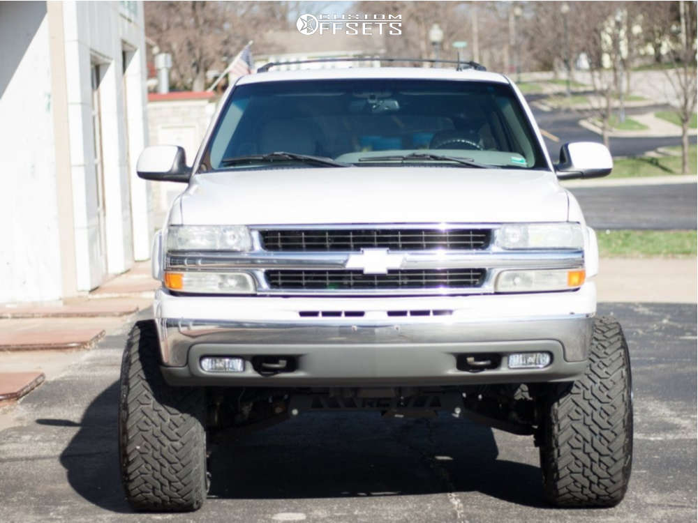 """2002 Chevrolet Tahoe Super Aggressive 3""""-5"""" on 24x14 -76 offset Fuel Sledge & 35""""x13.5"""" Fuel Mud Gripper on Suspension Lift 9"""" - Custom Offsets Gallery"""