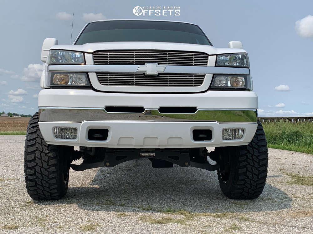 "2004 Chevrolet Silverado 2500 HD Aggressive > 1"" outside fender on 20x12 -44 offset Hardrock Crusher & 35""x12.5"" Mastercraft Courser Mxt on Suspension Lift 6"" - Custom Offsets Gallery"