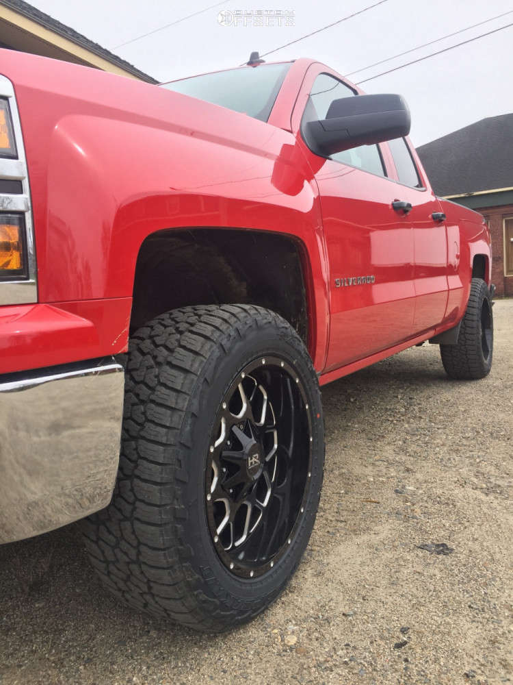 "2014 Chevrolet Silverado 1500 Aggressive > 1"" outside fender on 20x10 -19 offset Hardrock Gunner & 275/55 Falken Wildpeak At3w on Leveling Kit - Custom Offsets Gallery"