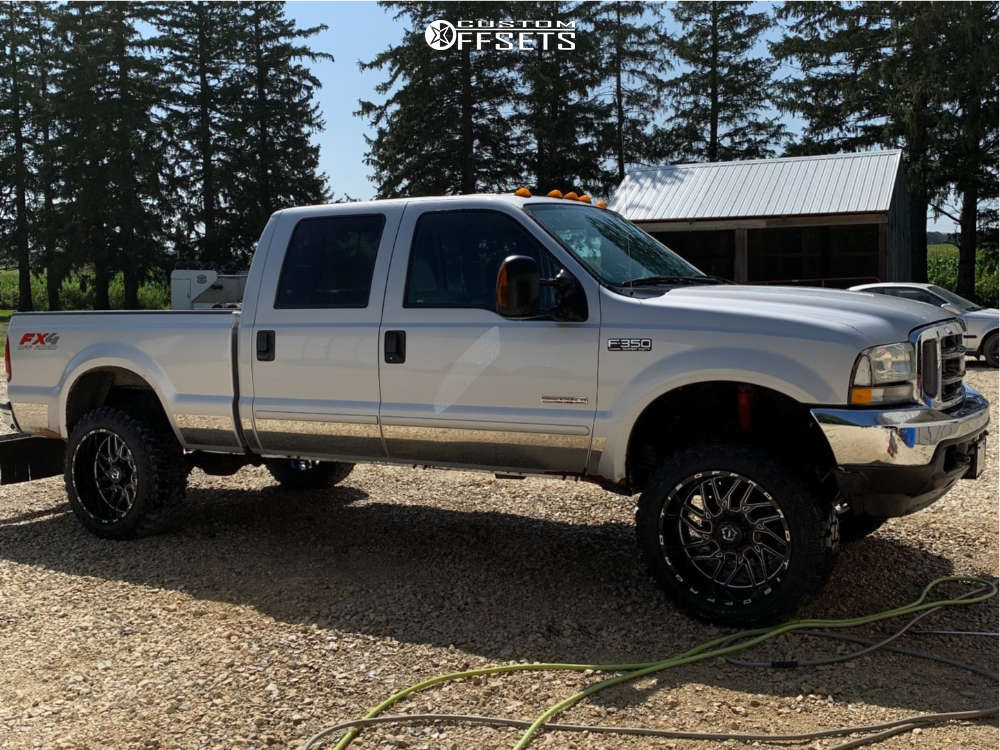 """2004 Ford F-350 Super Duty Aggressive > 1"""" outside fender on 22x12 -44 offset TIS 544bm & 35""""x12.5"""" Fury Offroad Country Hunter Mt on Leveling Kit - Custom Offsets Gallery"""