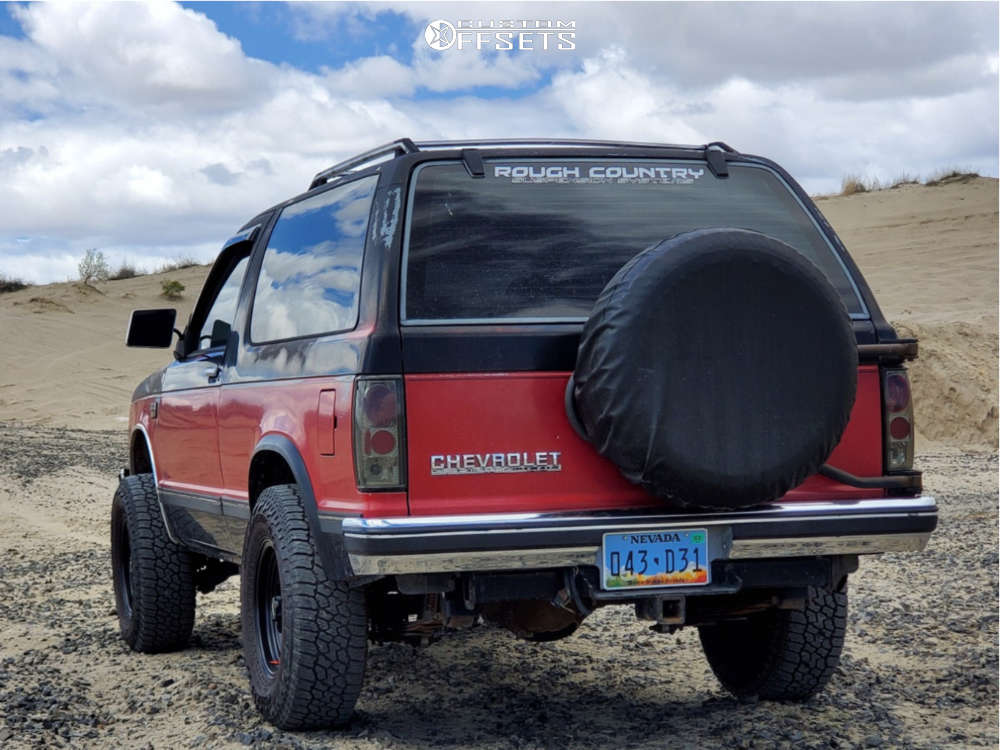 """1989 Chevrolet S10 Blazer Super Aggressive 3""""-5"""" on 15x7 -6 offset American Racing Ar172 and 235/75 Falken Wildpeak At3w on Suspension Lift 2.5"""" - Custom Offsets Gallery"""