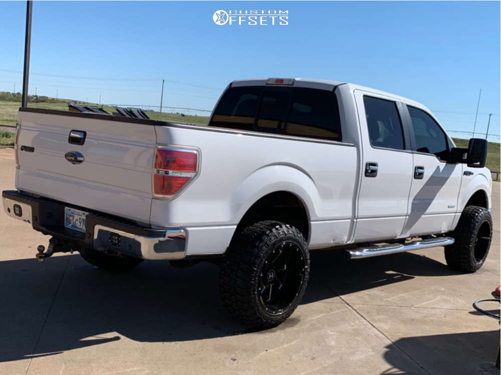 """2013 Ford F-150 Super Aggressive 3""""-5"""" on 20x12 -44 offset Hostile Stryker and 33""""x12.5"""" Fury Offroad Country Hunter Mt on Leveling Kit - Custom Offsets Gallery"""