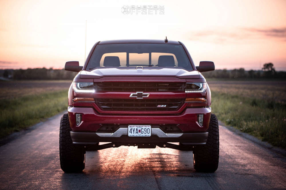 """2018 Chevrolet Silverado 1500 Aggressive > 1"""" outside fender on 22x12 -44 offset Hostile Rage and 35""""x12.5"""" Fury Offroad Country Hunter Rt on Suspension Lift 6"""" - Custom Offsets Gallery"""