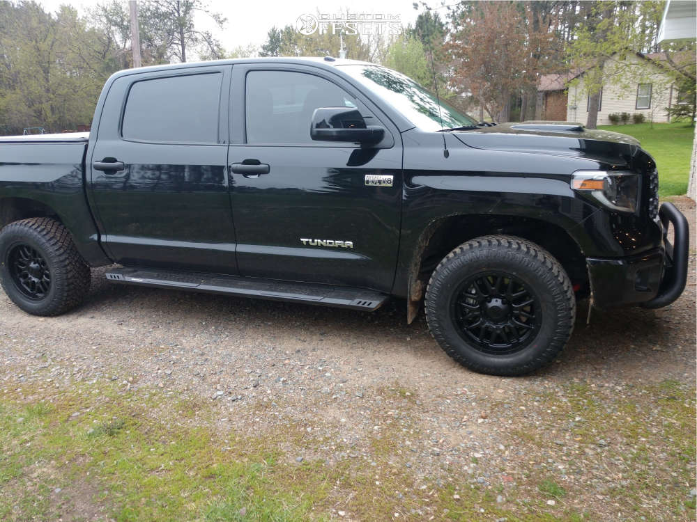 """2019 Toyota Tundra Aggressive > 1"""" outside fender on 18x9 18 offset Ultra Hunter & 265/65 Atturo Trail Blade Xt on Stock Suspension - Custom Offsets Gallery"""