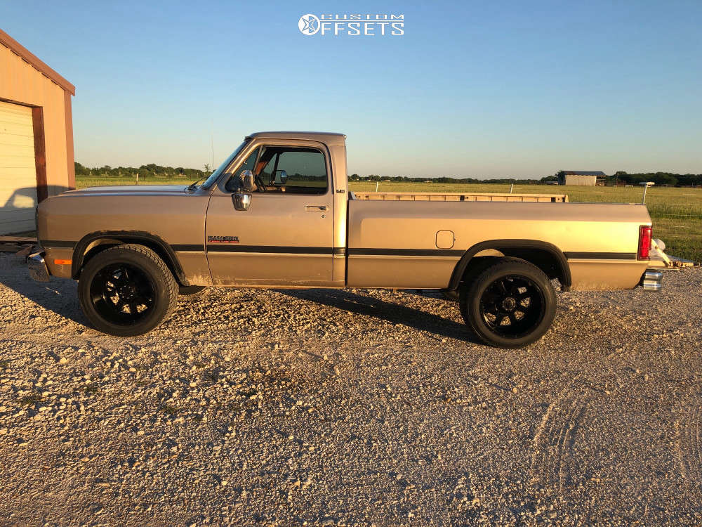 """1992 Dodge D250 Aggressive > 1"""" outside fender on 20x12 -44 offset Gear Off-Road 726b & 305/50 Toyo Tires Proxes S/t on Stock Suspension - Custom Offsets Gallery"""