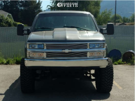 """2000 Chevrolet K3500 Aggressive > 1"""" outside fender on 20x10 -19 offset Gear Off-Road Big Block and 35""""x12.5"""" RBP Repulsor Mt on Suspension Lift 6"""" - Custom Offsets Gallery"""