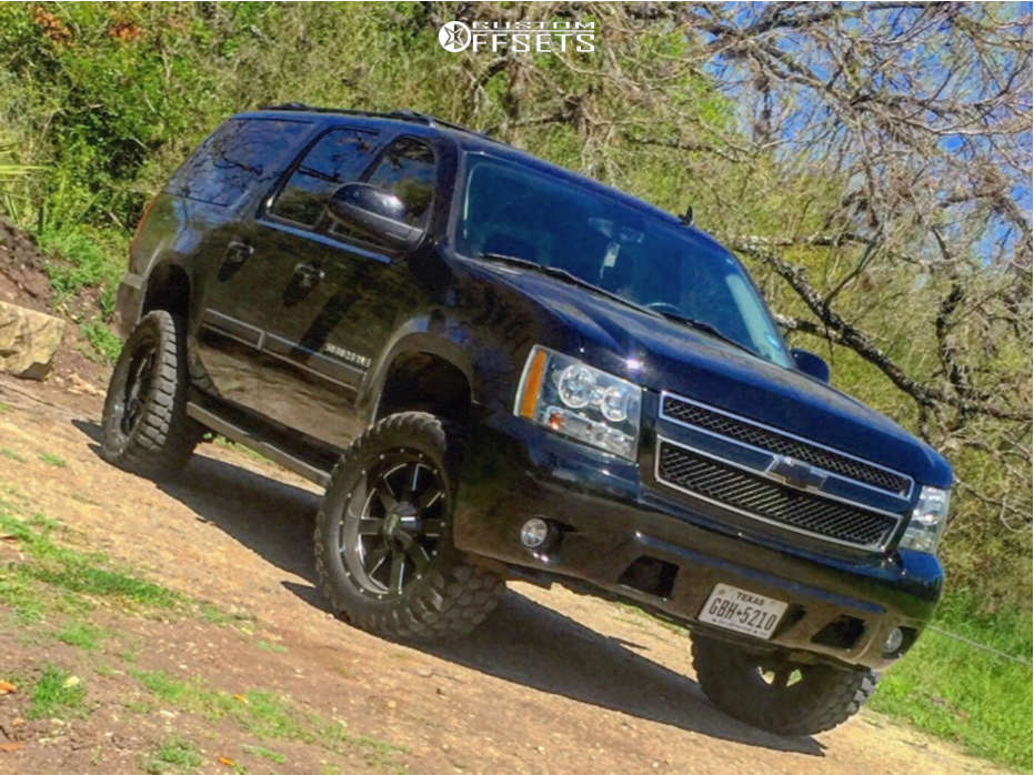 """2008 Chevrolet Suburban Aggressive > 1"""" outside fender on 20x9 0 offset Moto Metal Mo962 & 33""""x12.5"""" Ironman All Country Mt on Suspension Lift 3.5"""" - Custom Offsets Gallery"""