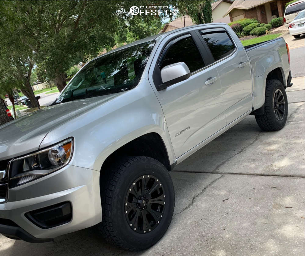 2018 Chevrolet Colorado Slightly Aggressive on 18x9 18 offset Helo He901 & 275/65 Mastercraft Courser Axt on Leveling Kit - Custom Offsets Gallery