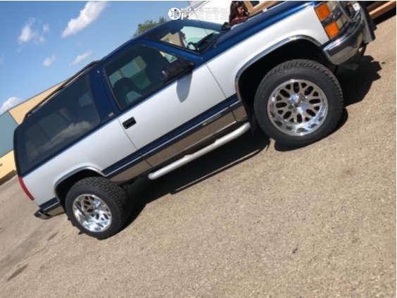 "1994 Chevrolet Blazer Aggressive > 1"" outside fender on 20x12 -43 offset Fuel Titan & 305/50 Cooper Zeon Ltz on Stock Suspension - Custom Offsets Gallery"