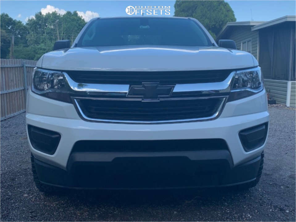 2018 Chevrolet Colorado Slightly Aggressive on 17x8 0 offset Moto Metal Mo970 & 255/70 BFGoodrich All Terrain Ta Ko2 on Leveling Kit - Custom Offsets Gallery