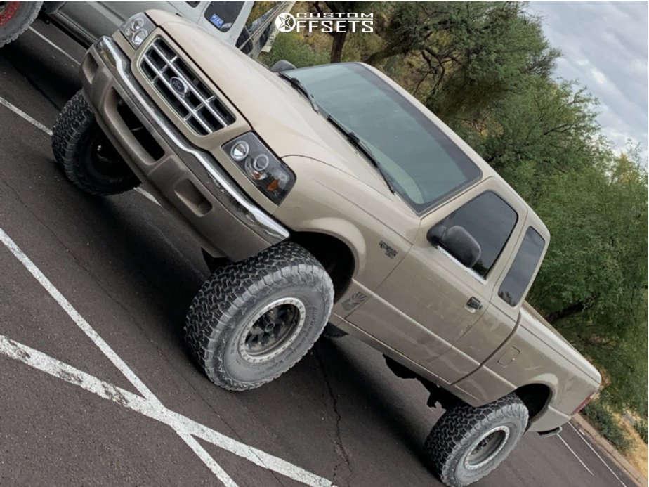 "2002 Ford Ranger Aggressive > 1"" outside fender on 15x8 -24 offset Method Double Standard & 33""x10.5"" BFGoodrich All Terrain Ta Ko2 on Suspension Lift 5.5"" - Custom Offsets Gallery"