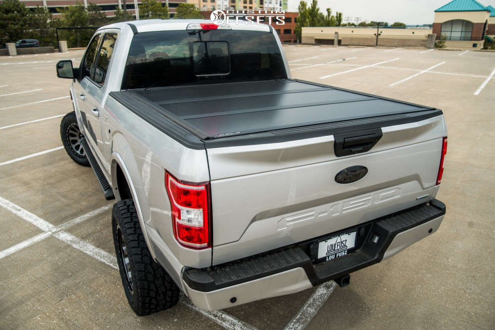 """2019 Ford F-150 Aggressive > 1"""" outside fender on 20x10 -18 offset Fuel Vector and 35""""x12.5"""" Toyo Tires Open Country A/T II on Suspension Lift 6"""" - Custom Offsets Gallery"""